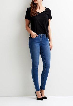 OBJTESSI SLUB V NECK - T-shirts - black