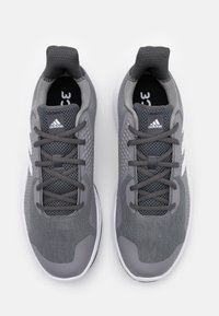 adidas Performance - FITBOUNCE VERSATILITY BOUNCE TRAINING SHOES - Kuntoilukengät - grey three/footwear white/core black - 3