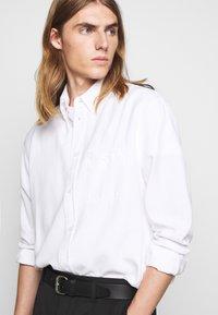 Filippa K - ZACHARY - Shirt - white - 5