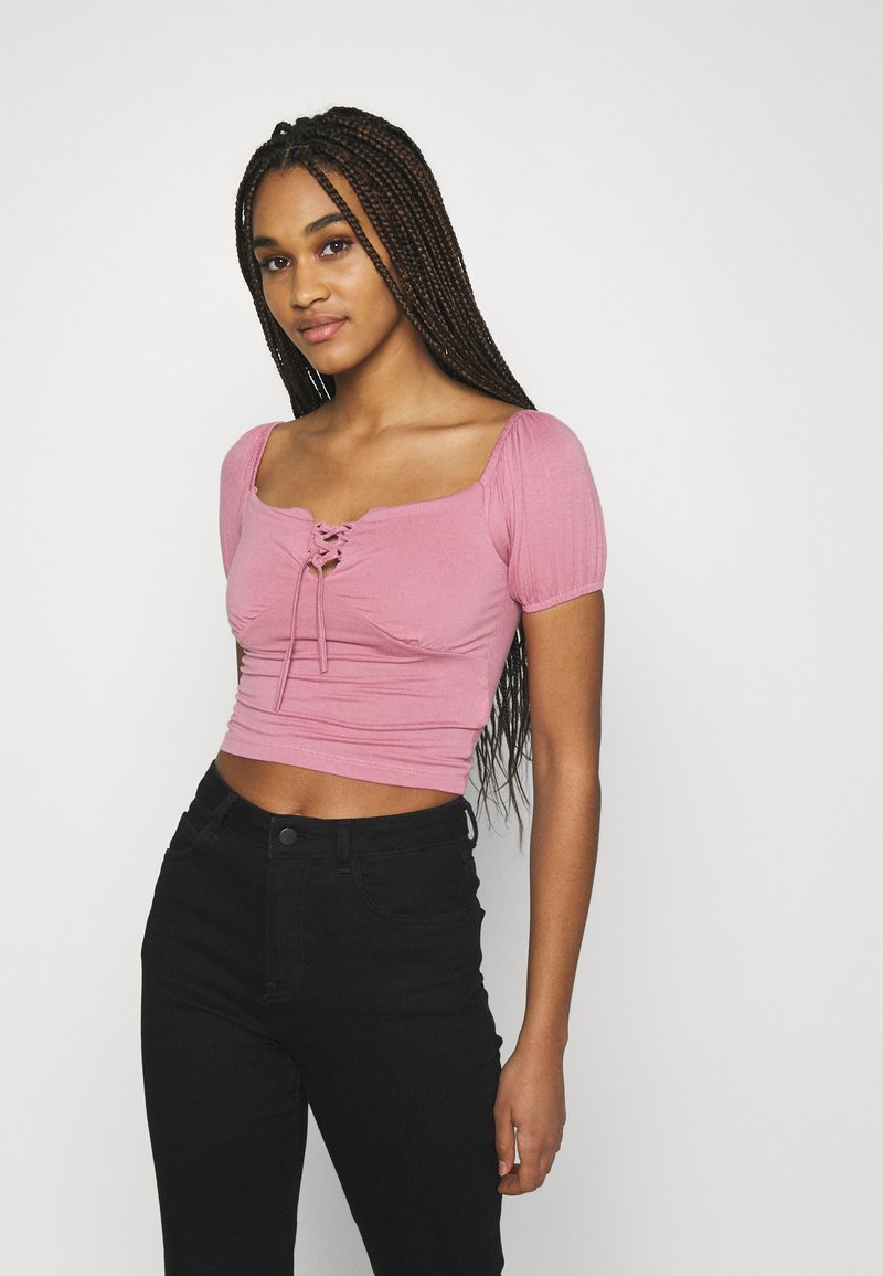 Trendyol - Print T-shirt - rose