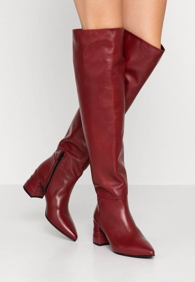 Over-the-knee boots - cherry