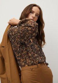 Mango - CHICAGO - Button-down blouse - braun - 3