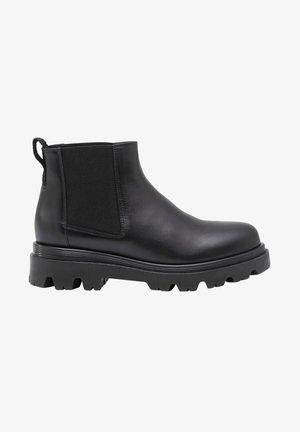 LOVA - Korte laarzen - black