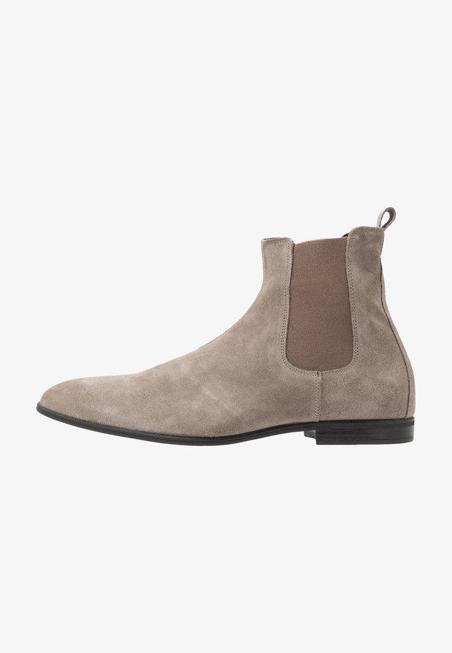 POSH - Classic ankle boots - sabbia