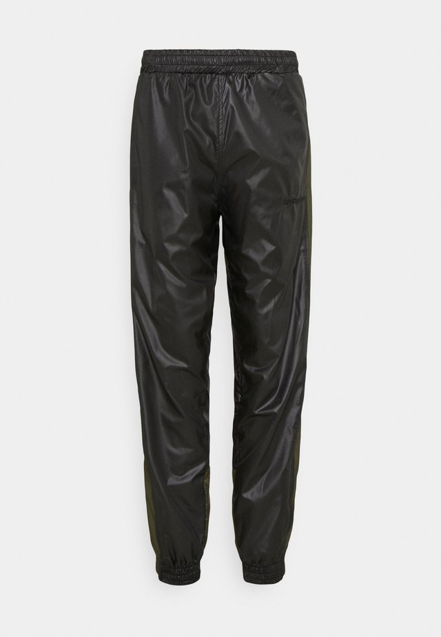 PUT ON TRACK PANTS - Kalhoty - black/army