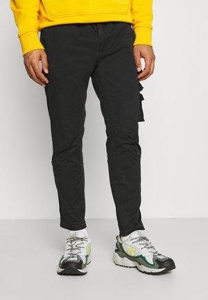 PANTS - Cargo trousers - blackboard