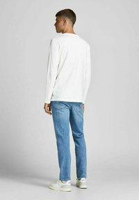 Jack & Jones - BASIC - Long sleeved top - blanc de blanc - 2