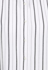 Gap Tall - SHIRRED - Blouse - black white - 5
