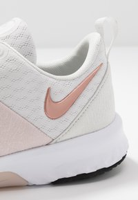 Nike Performance - CITY TRAINER 3 - Sports shoes - platinum tint/metallic red bronze - 5