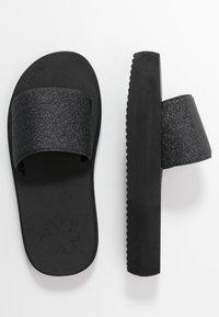flip*flop - FAT GLITTER - Mules - black - 3