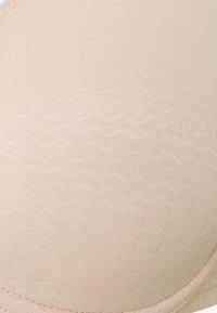 Chantelle - CHIC ESSENTIAL BEDECKENDER SPACER - Kaarituelliset rintaliivit - rose perle - 3