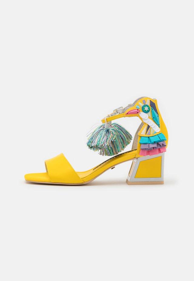 KAY - Sandals - dandelion multicolor