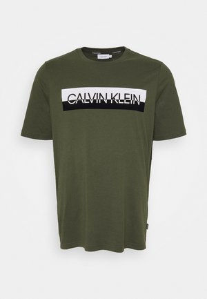 SPLIT LOGO - Print T-shirt - green