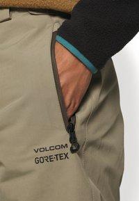 Volcom - GORETEX PANT - Snow pants - teak - 5
