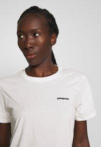 Patagonia - LOGO CREW - T-shirts med print - white - 3