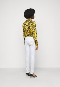 Versace Jeans Couture - Jeans Skinny Fit - optical white - 2