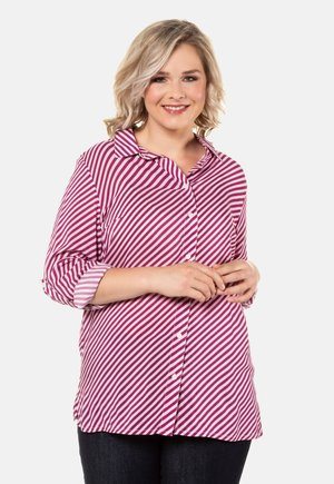 MIT QUERSTREIF - Button-down blouse - berry red