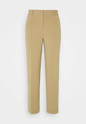 CROP SLIM PANT - Kalhoty - dark camel