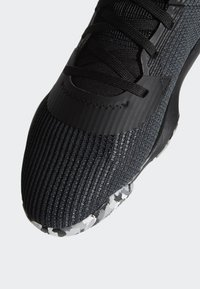 adidas Performance - PRO BOUNCE 2019 SHOES - Basketball shoes - black - 10
