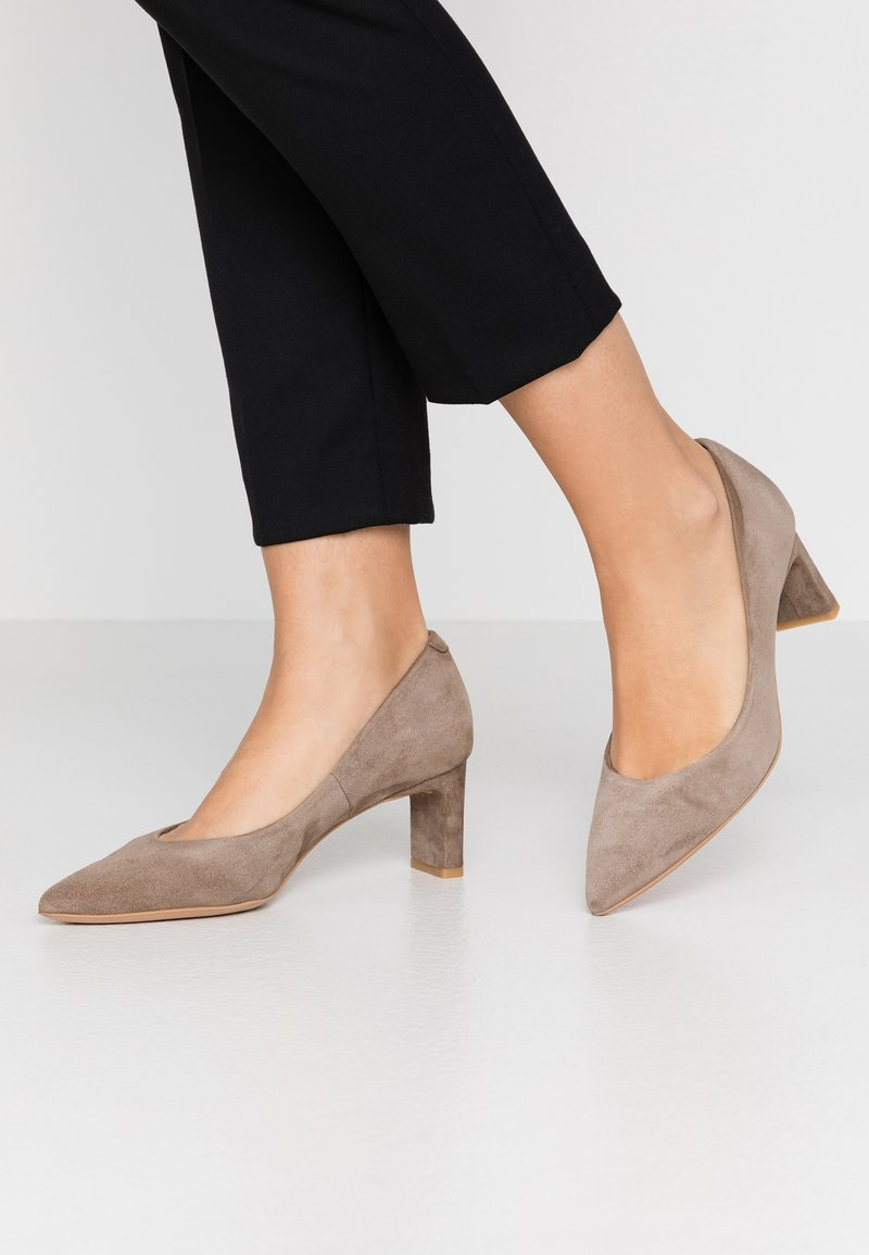 PERLATO - Classic heels - stone