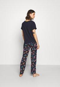 Marks & Spencer London - FLORAL - Pyjamas - navy mix - 2