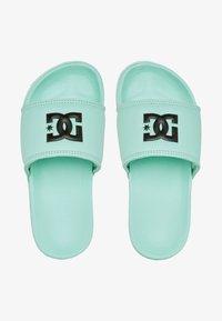 DC Shoes - Badslippers - mint - 0