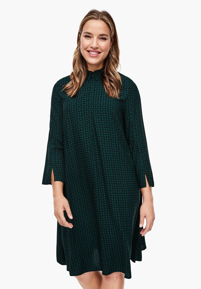 MIT BUBIKRAGEN - Day dress - green aop