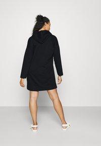 Vero Moda Curve - VMOCTAVIA DRESS - Day dress - black - 2