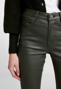 b.young - KATO KIKO - Trousers - peat green - 6