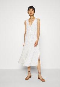 Stevie May - TULLY MIDI DRESS - Denní šaty - white - 1
