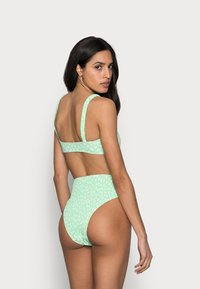 Cotton On Body - ROUCHED HIGHWAISTED CHEEKY BIKINI SET - Bikini - mint - 2