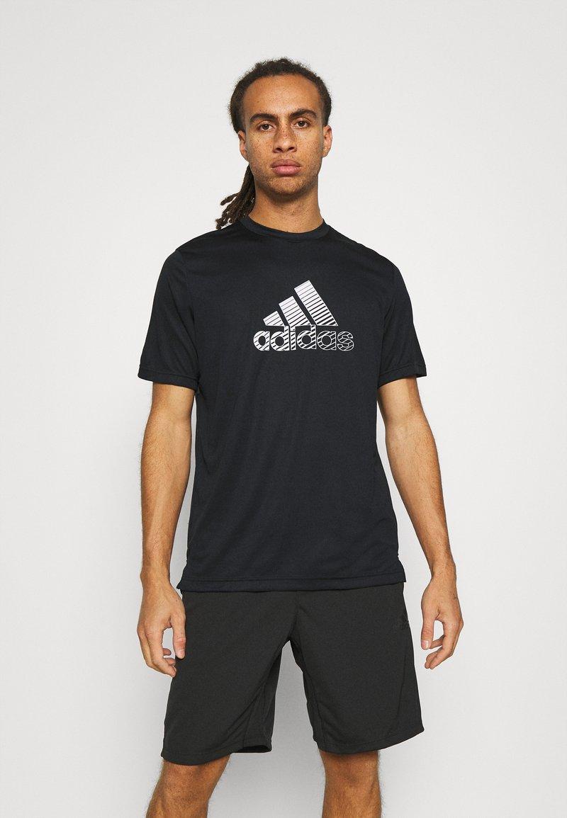 adidas Performance - Print T-shirt - black/gresix