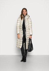 Calvin Klein - LOFTY COAT - Down coat - bleached stone - 1