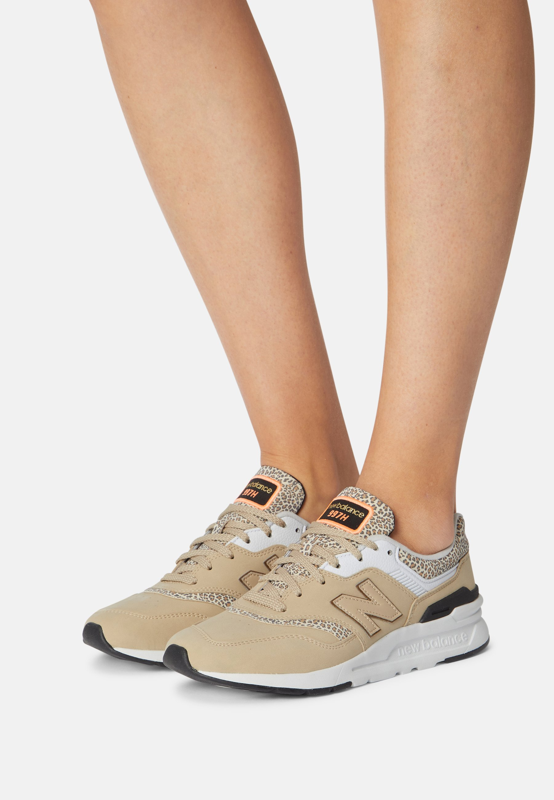 Women CW997 - Trainers - incense