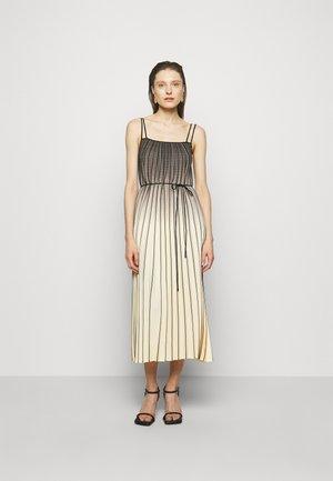 OMBRE PLAID PLEATED DRESS - Korte jurk - nude/black