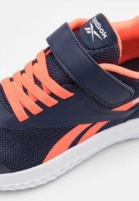 Reebok - RUSH RUNNER 3.0 UNISEX - Neutral running shoes - vector navy/orange/white - 5