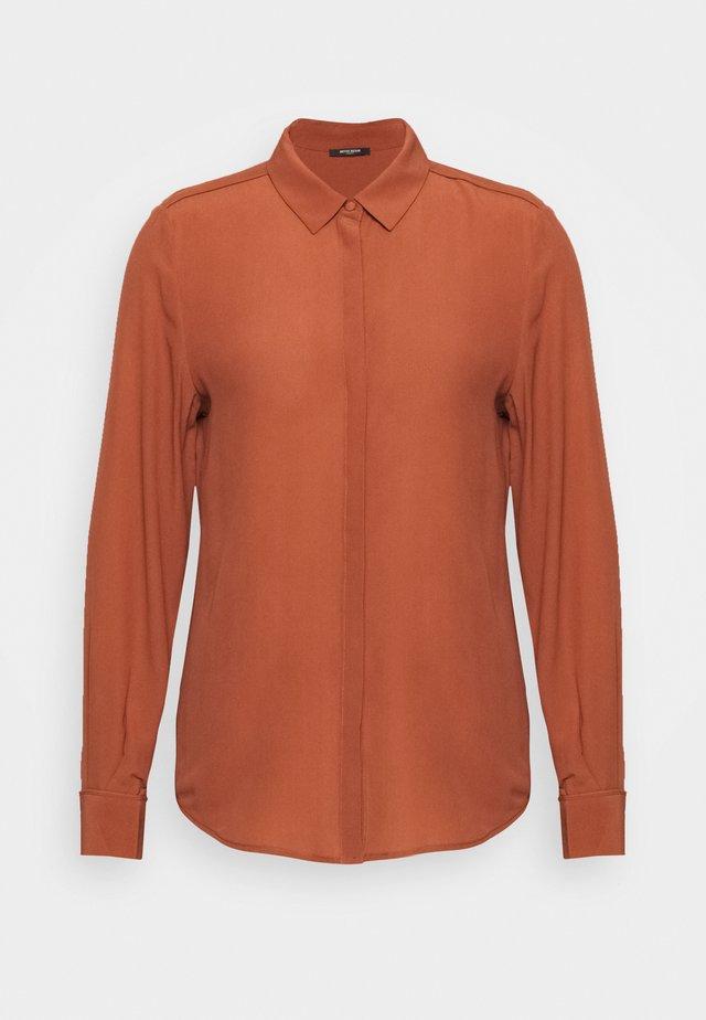 LILLIE CORINNE  - Button-down blouse - cinnamon
