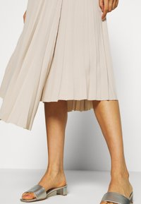 EDITED - NORA SKIRT - A-Linien-Rock - beige - 3