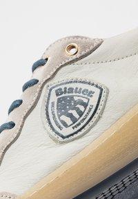 Blauer - MURRAY - Trainers - white/navy - 5