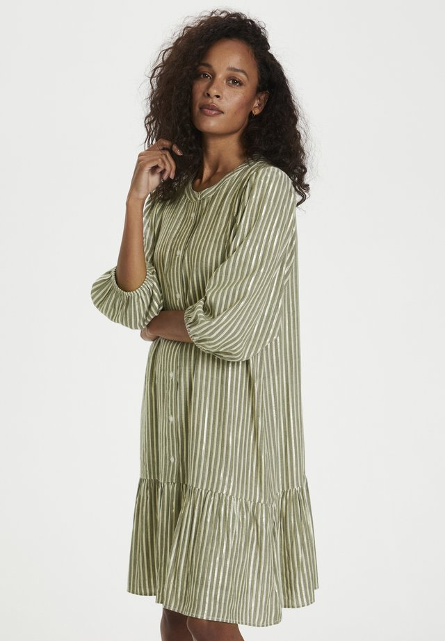 BONY - Korte jurk - drizzle/chalk/gold stripes