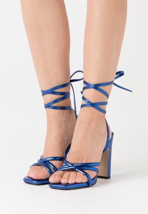 High heeled sandals - lacivert
