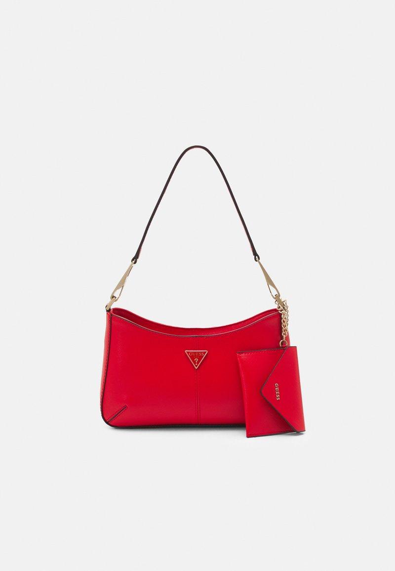 Guess - LAYLA TOP ZIP SHOULDER SET - Handtasche - red