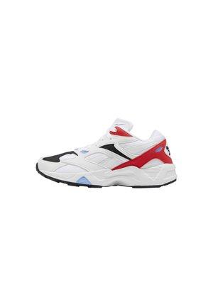 AZTREK 96 SHOES - Sneaker low - white