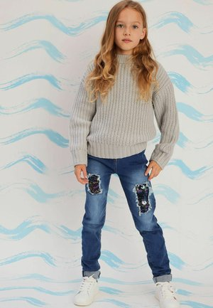 SEQUINS PATCHES - Relaxed fit jeans - blue denim