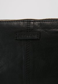 DEPECHE - SMALL BAG - Clutch - black - 6