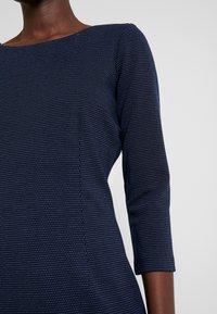 TOM TAILOR - DRESS SHIFT - Sukienka etui - dark blue - 5