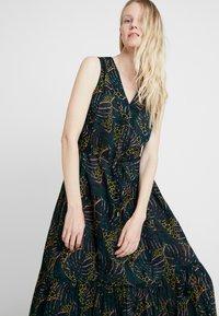 Q/S designed by - Maxi dress - black - 3