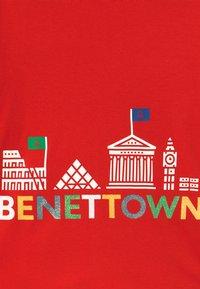 Benetton - EUROPE GIRL - Maglietta a manica lunga - red - 2