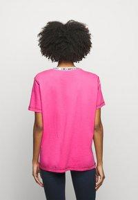 M Missoni - Print T-shirt - pink - 2
