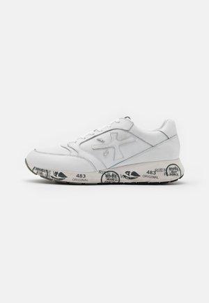 ZAC-ZAC - Trainers - white